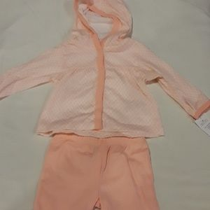 - Brand new 3m outfit by carters